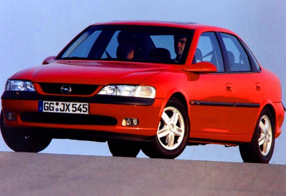 Used Holden Vectra review: 1997-1998 | CarsGuide