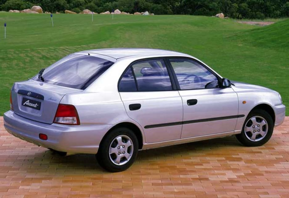 Used Hyundai Accent Review  2000