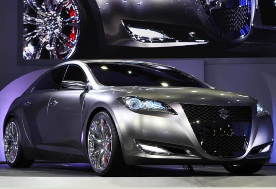 Suzuki Kizashi 3 actual at motor show