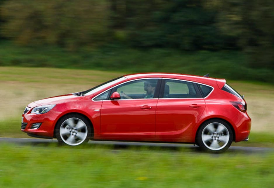 The Astra wins with a five-star crash rating and gets six airbags and all the electronic aids. Final specifications for Australia will be announced closer to the launch date.