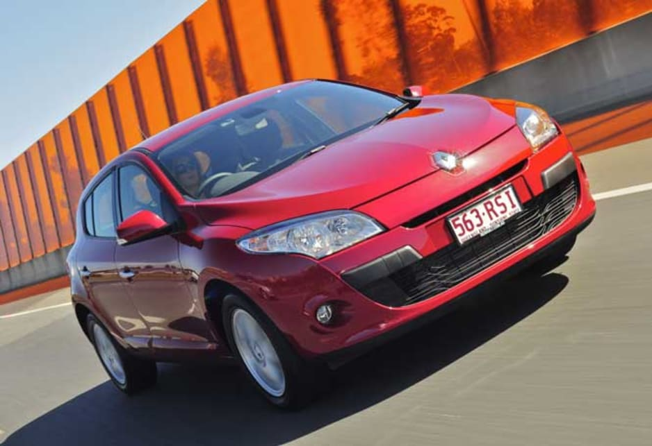 Goes a lot better than the engine's small capacity might suggest. Good low to mid-range torque delivers a strong throttle response, but the transmission tends to move into high gear quickly to achieve better economy. Flicking the gear selector across to manual mode really brings the car alive, allowing the driver to access full torque at all times for a much livelier driving experience - although pressed hard the transmission will eventually change up manual mode or no manual mode. We were getting 6.7 litres/100km from the 60-litre tank after some hard driving but this dropped to 5.2 litres/100km after an easy run home.