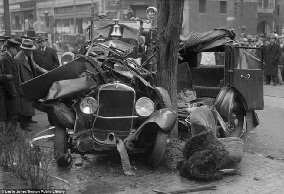 Classic car wrecks - Car News | CarsGuide
