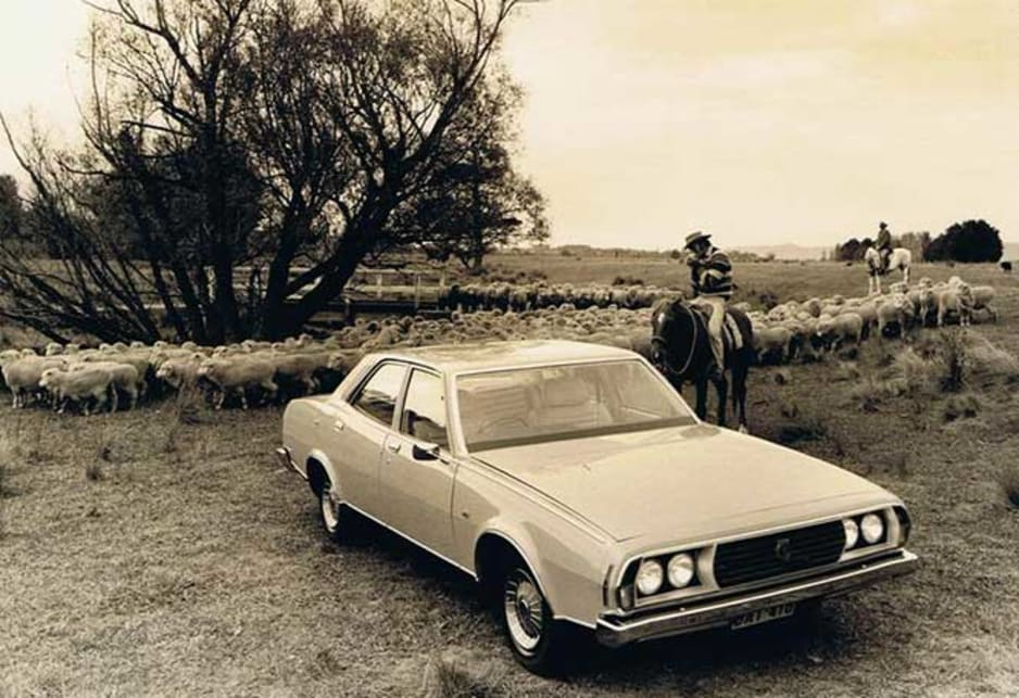 The P76 offered features which were quite advanced for Australia at the time , including rack and pinion steering, power-assisted disc brakes, McPherson strut front suspension, front hinged bonnet, glued-in windscreen and concealed windscreen wipers.