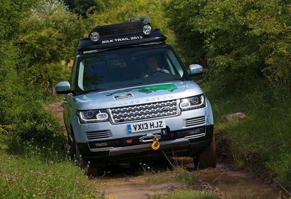 In addition, Land Rover has further departed from traditional petrol-based hybrids by making the Range Rovers diesel-electric – offering the extra range, towing capacity and torque that offroad enthusiasts prefer.