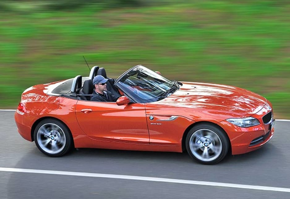Inside the cabin BMW has added high-gloss black surrounds around the central air vents and folding control display of the Z4 Roadsters iDrive system.
