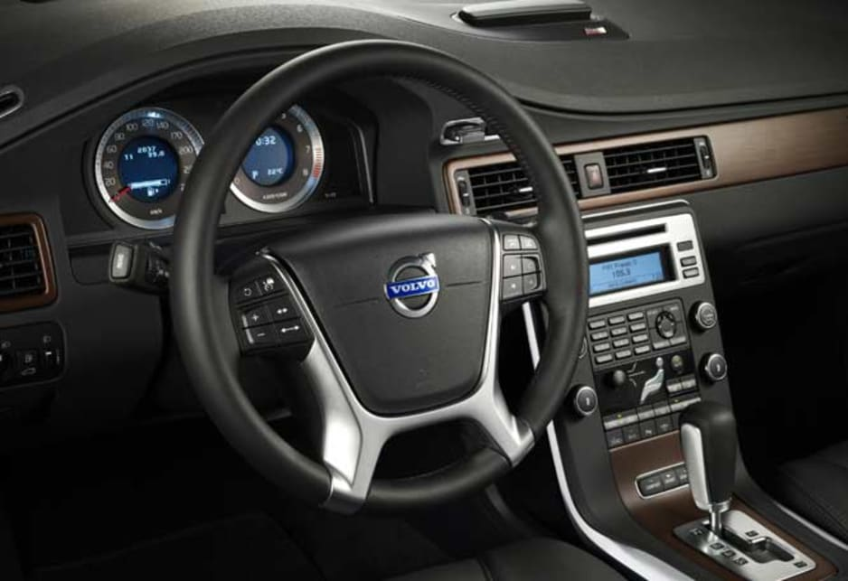Volvo S80 Adds R Design Car News Carsguide