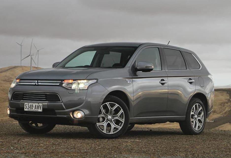 Mitsubishi Outlander 2014 Review | CarsGuide