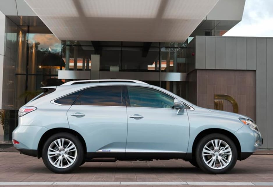 Lexus RX350 and RX450 hybrid