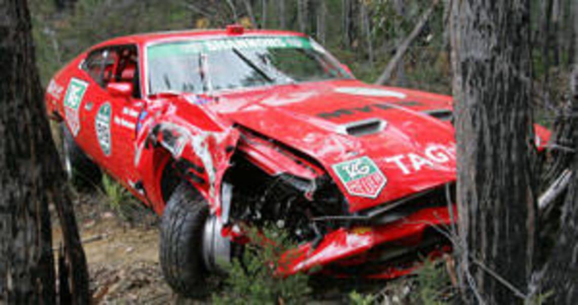 Eric Bana survives crash - Car News | CarsGuide