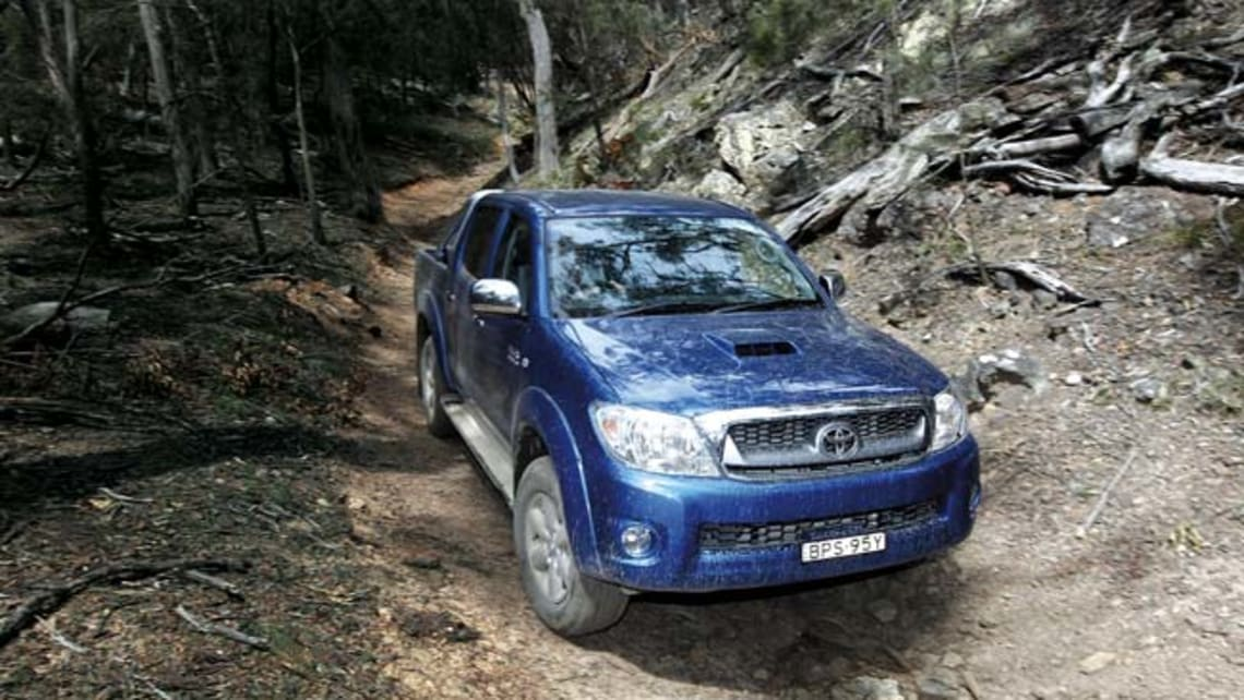 Toyota Hilux diesel 2011 review | CarsGuide