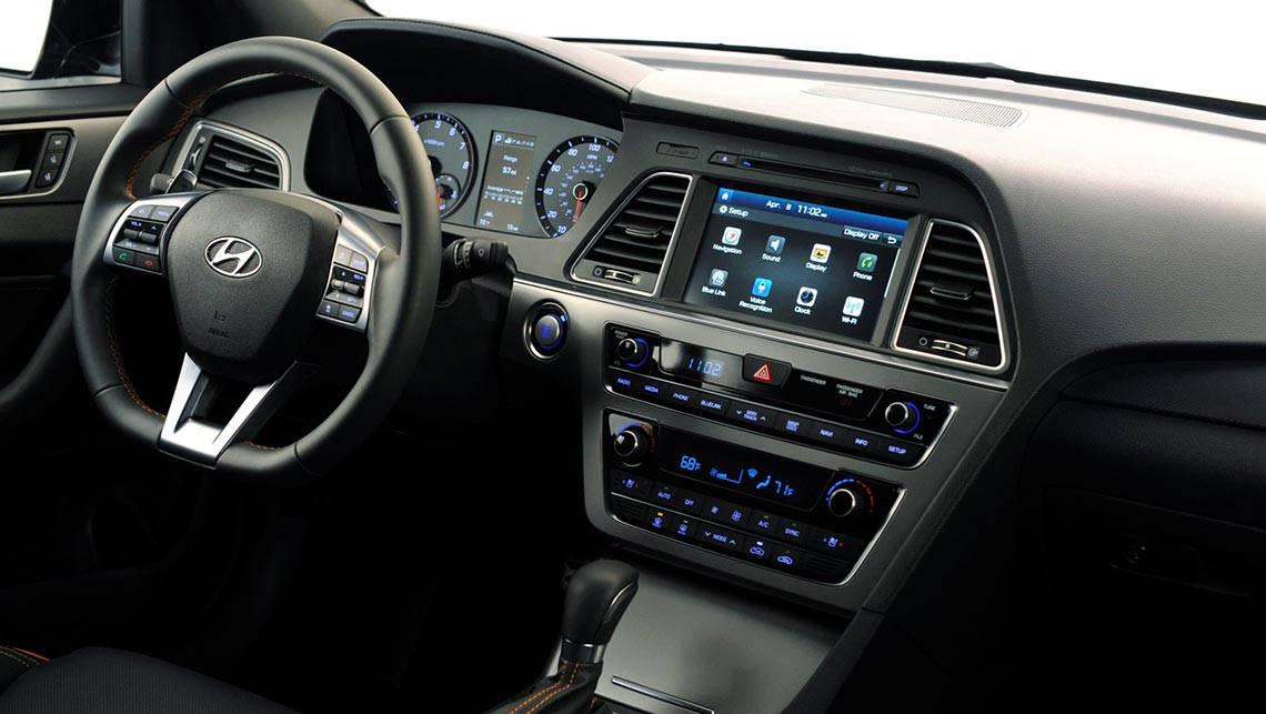 Hyundai Sonata Premium 2015 review | CarsGuide