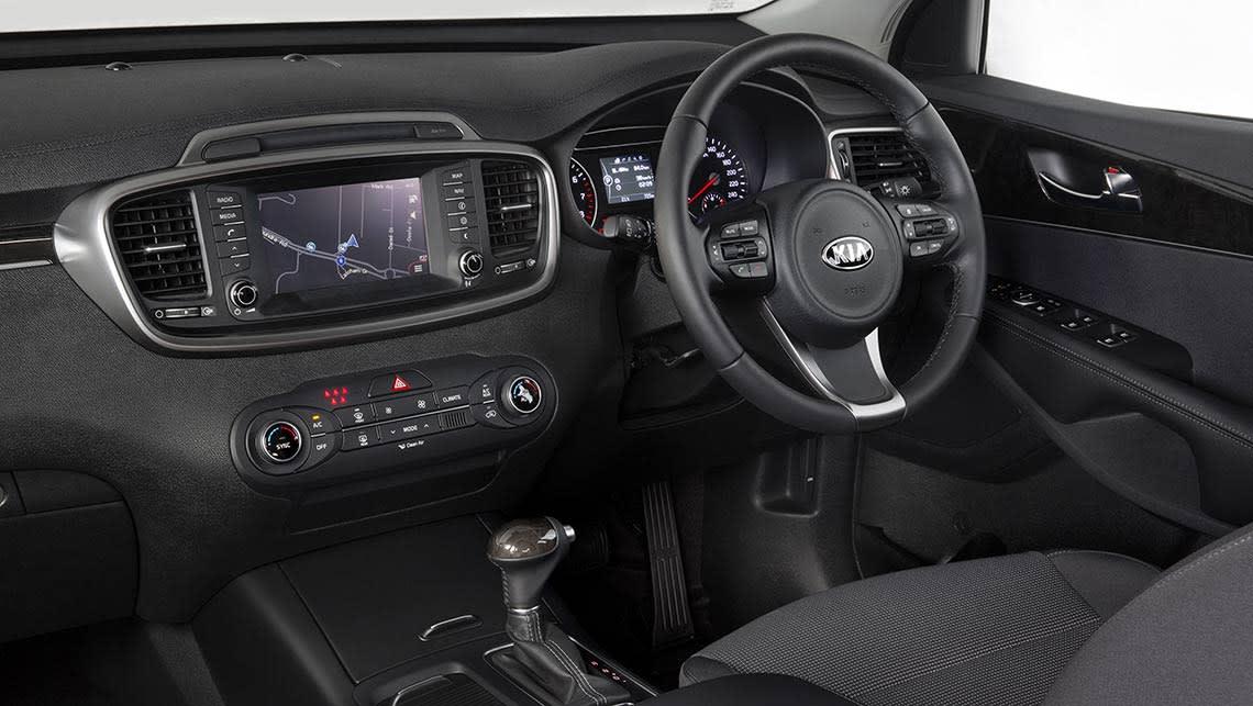 Kia Sorento 2015 review | CarsGuide