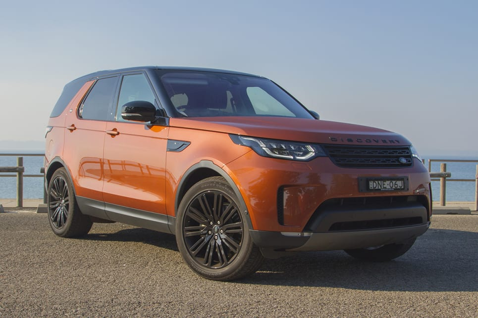 Land Rover Discovery First Edition 2017 review | CarsGuide
