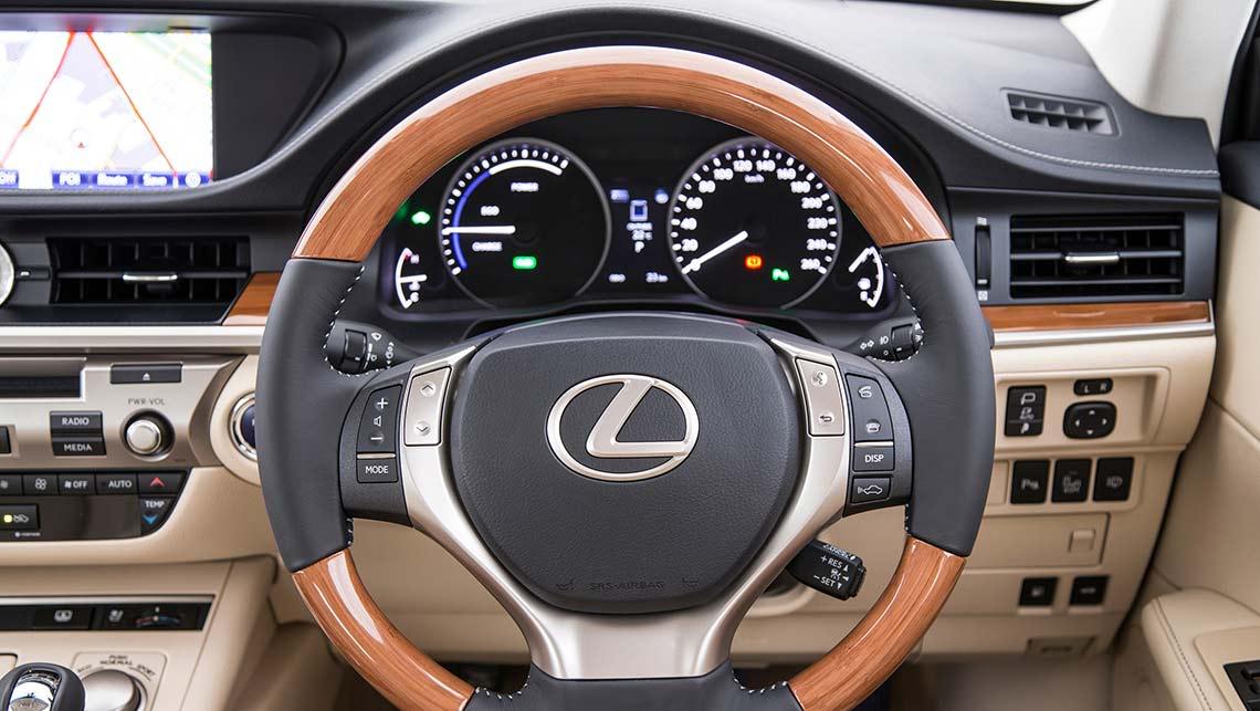 Lexus ES350 2015 review | CarsGuide