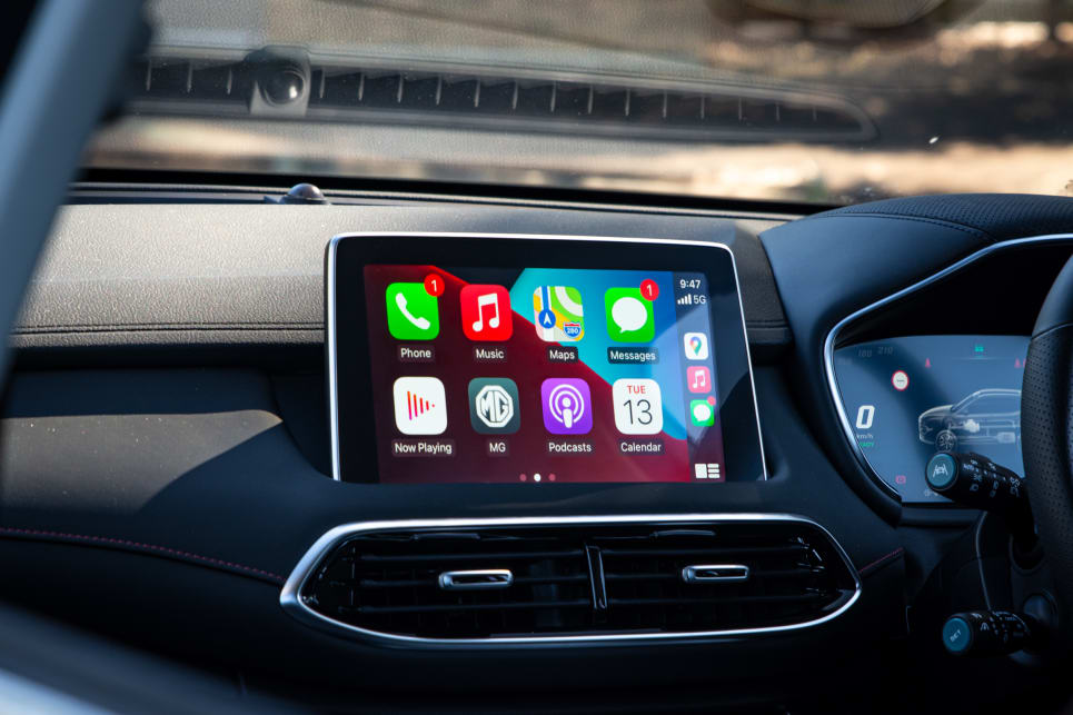 The 10.1-inch multimedia touchscreen features Apple CarPlay and Android Auto.