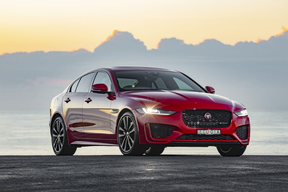 Jaguar XE R-Dynamic SE 2020 review: snapshot | CarsGuide