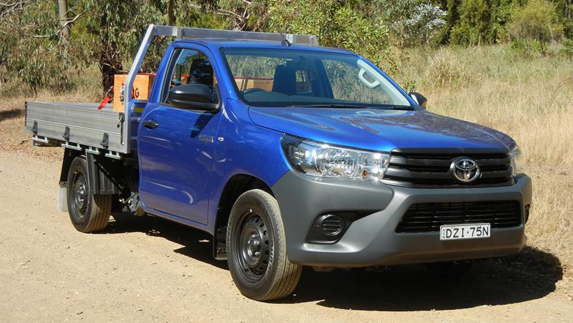 Toyota HiLux Workmate single cab 2019 review | CarsGuide