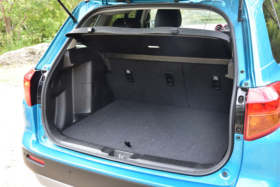Boot space with the seats up hits on class-average at 375 litres. (image credit: Tom White)