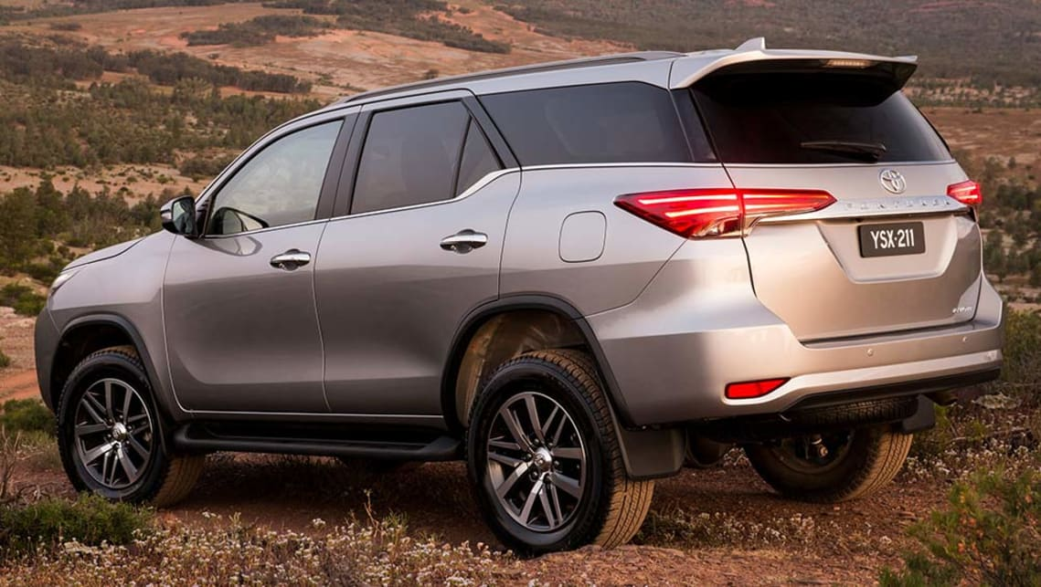 Toyota Fortuner 2015 review | CarsGuide