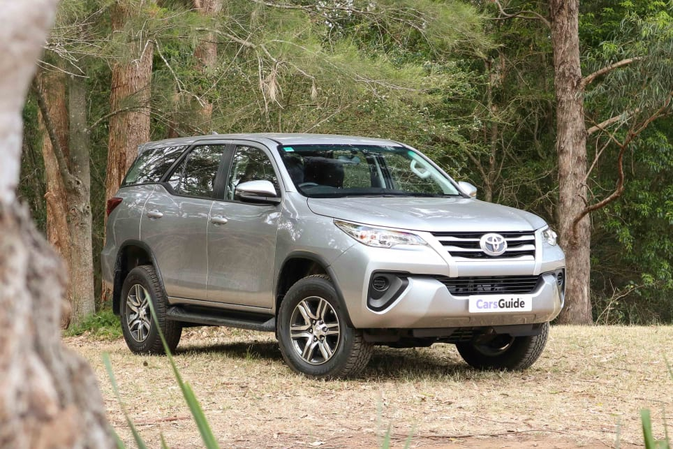 Toyota Fortuner 2018 review | CarsGuide