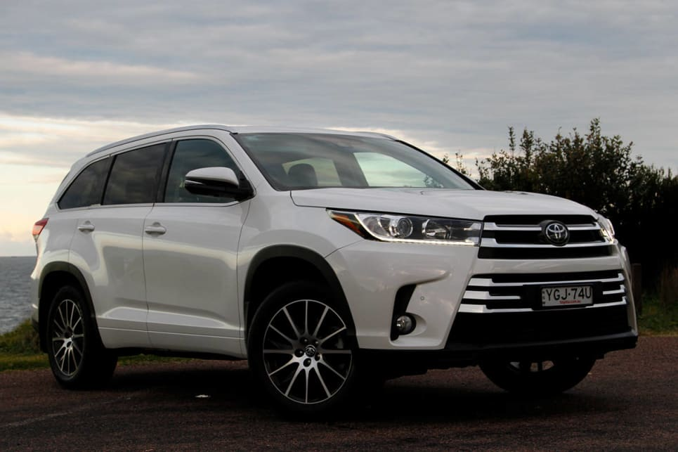 Toyota Kluger Grande Awd 2017 Review Carsguide