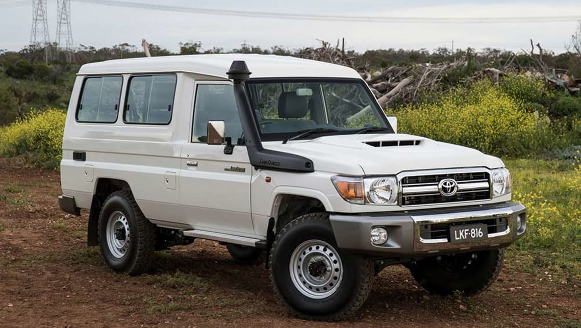 Toyota LC78 Land Cruiser TroopCarrier GXL 2017 review