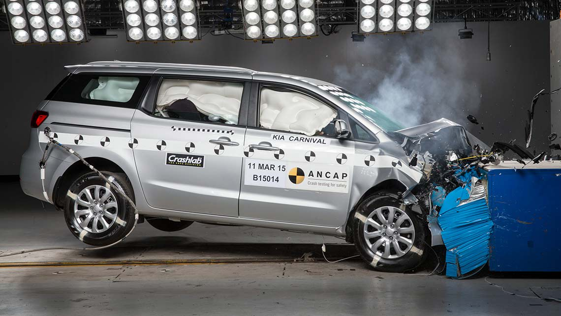 ANCAP slams Kia Carnival for crash safety - Car News | CarsGuide