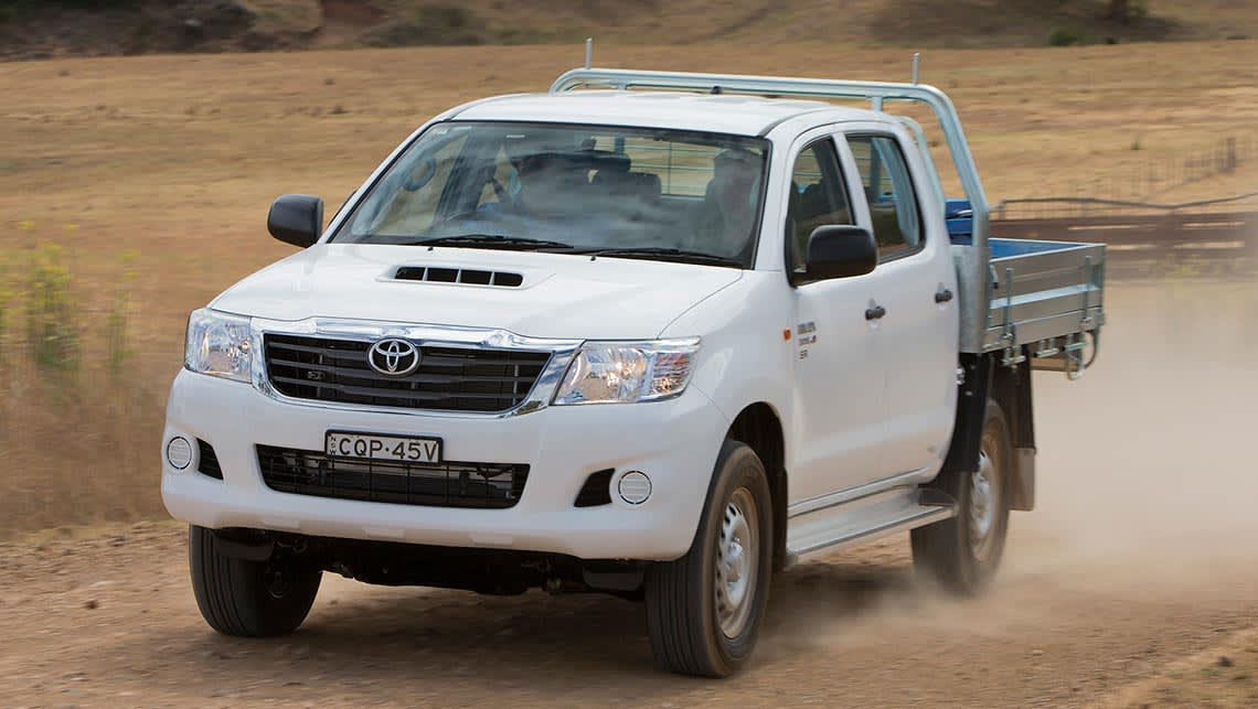 2014 Toyota Hilux 4x4 Sr Double Cab Chassis Auto New Car