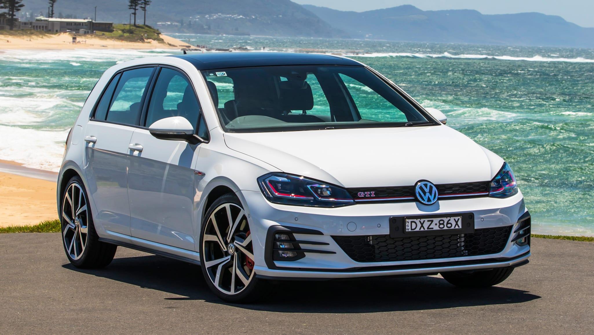 volkswagen golf 2020 pricing and spec confirmed car news. Black Bedroom Furniture Sets. Home Design Ideas