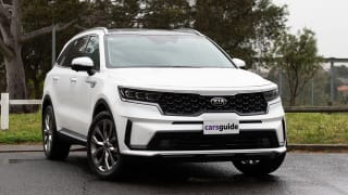 kia sorento review price for sale colours interior models carsguide kia sorento review price for sale