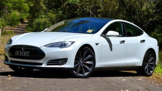 Tesla Model S Review, Price, Colours, For Sale & Models in ...